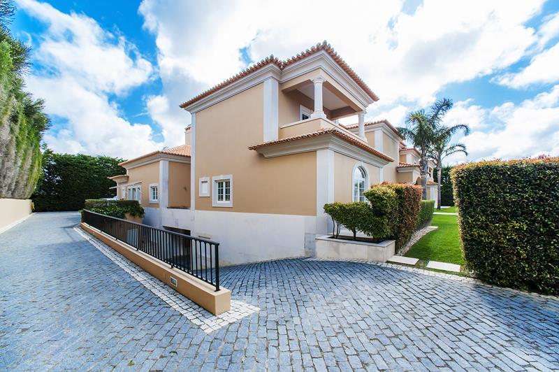 Modern Mediterranean Villa Cascais Real Estate